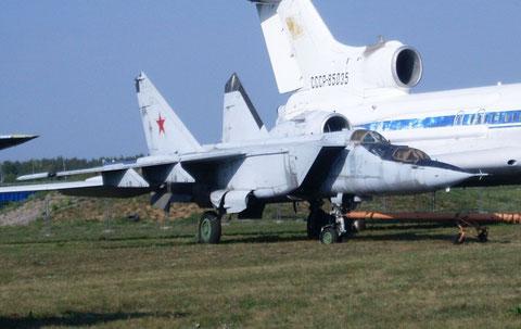 MiG25 02-1
