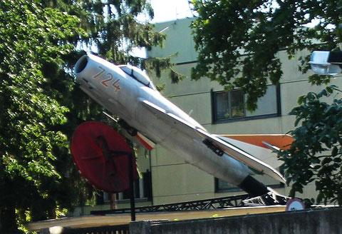 MiG17 724-1
