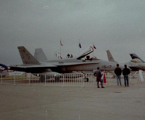 F18 15-17-1