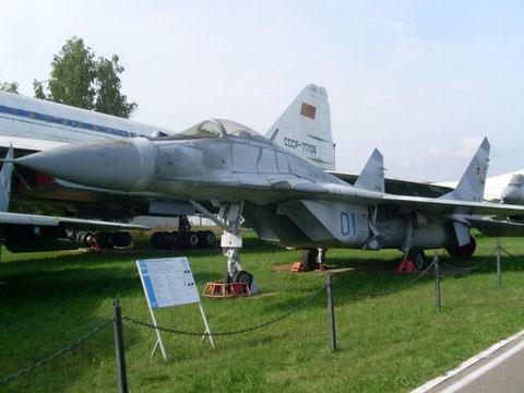 MiG29 01-1