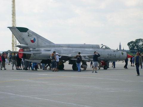 MiG12 2614-1