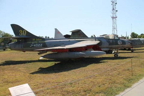 Hunter J-4022-1