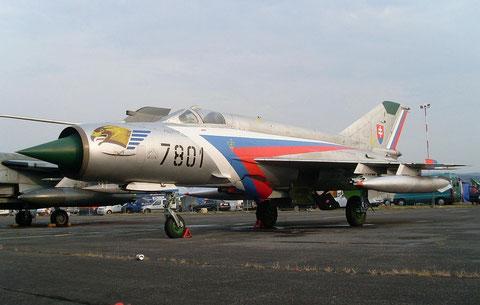 MiG21 8701-1