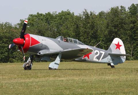 JAK11 F-AZIM-1