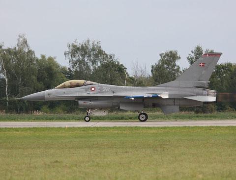 F16 E-597-1
