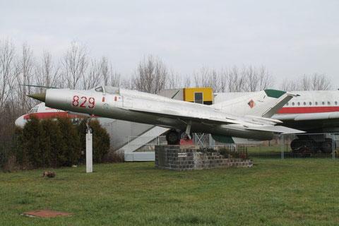 MiG21SPS 725-1