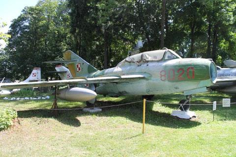 MiG15 8020-1