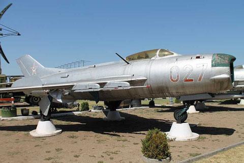 MiG19 027-1
