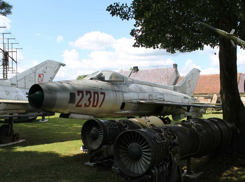 MiG21F13 2307-1