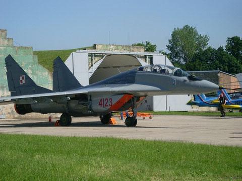 MiG29UB 4123-1