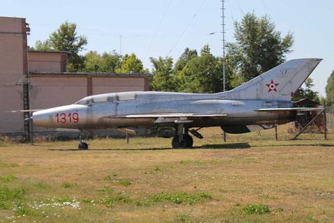 MiG21U 1319-1