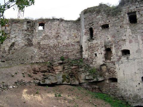 Західна стіна замку