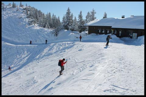 Schweißtreibend: Der Skihang unterhalb des Herzogstandhauses hat eine Steigung von fast 50 Prozent.