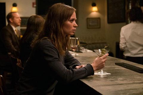 Emily Blunt boit pour oublier... (©Metropolitan FilmExport).