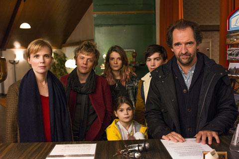 Isabelle Carré, Alex Lutz, Stéphane de Groodt: une famille très recomposée (©Mars Distribution).