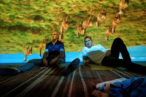 Sick Boy (Jonny Lee Miller) et Mark (Ewan McGregor): ça plane toujours pour eux (©UGC Distribution).