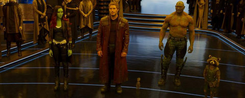 Gamora, Star-Lord, Groot, Drax et Rocket s'apprêtent à sauver la galaxie, encore une fois (©The Walt Disney Company France).
