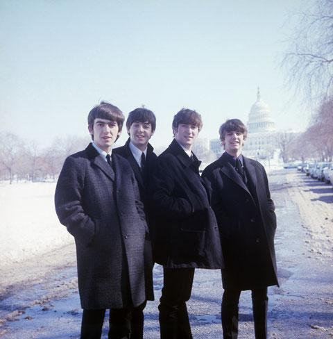 """George, Paul, John, Ringo: """"plus populaires que Jésus"""" (©StudioCanal/Pathé)."""