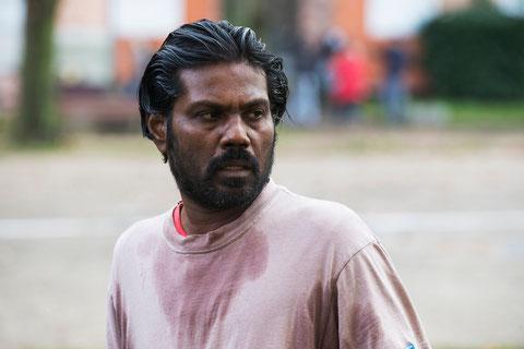 Antonythasan Jesuthasan, acteur non-professionnel, joue le rôle de Dheepan (©UGC Distribution).