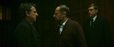 Denis Podalydès (à droite) propose un travail très particulier à François Cluzet. (©Océan Films).