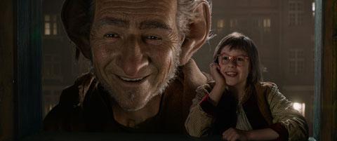 La petite Sophie et le Bon Gros Géant deviennent les meilleurs amis du monde (©Metropolitan FilmExport).