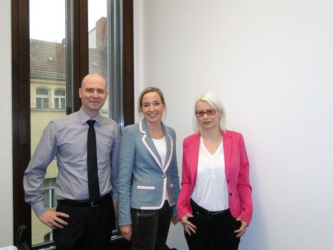 Familienministerin Frau Kristina Schröder mit Barbara und Mario Martin