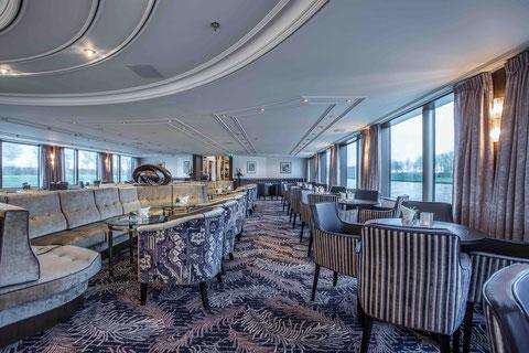 VIVA Cruises MS ROBERT BURNS Panorama Lounge