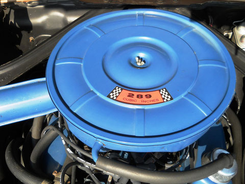 `67er Mustang V8 Cabrio, hier schlägt das V8 (Fahrer)Herz höher