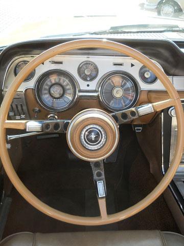 `67er Mustang V8 Cabrio, org. Pony-Lenkrad mit power steering