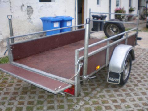 Holzanhänger 750 kg