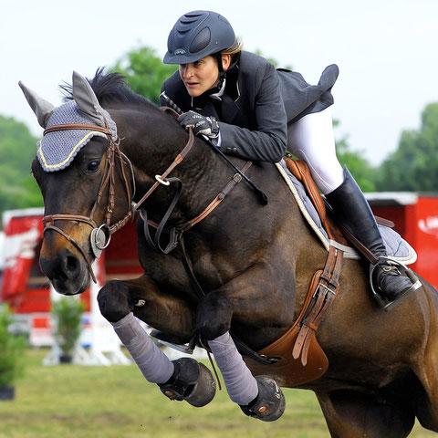 Jumping de Gradignan (33) La cavalière et sa monture à l'unisson