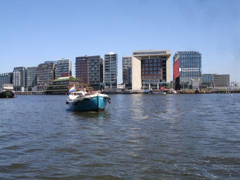 Nordamsterdam, neue Architektur im Hafen, Oosterdok, unter anderem Nationalbibliothek, Conservatorium