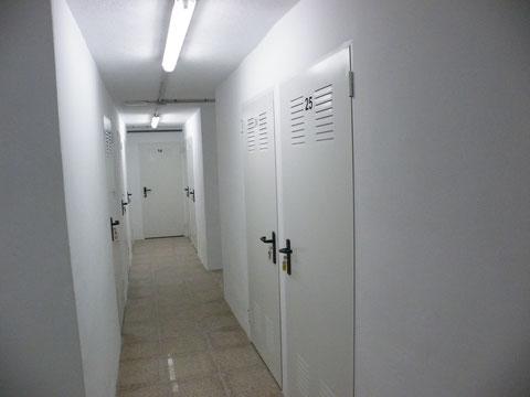 Puertas apertura hacia pasillo-mayor aprovechamiento