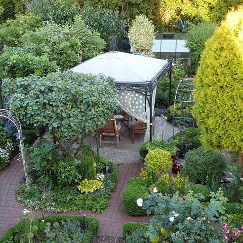 Hintergarten von oben