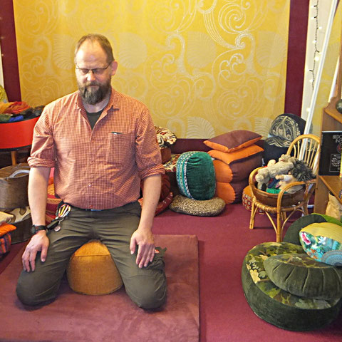 Meditationskissen nach Maß für den Mann