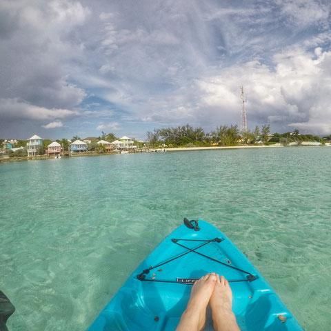 Kajak fahren vor Staniel Cay