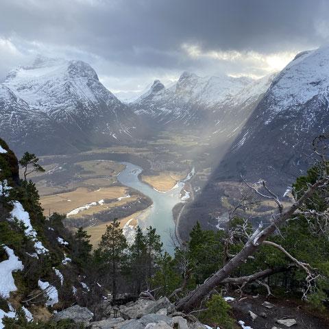 Blick vom Rampestreken, einem bekannten Aussichtspunkt in Norwegen