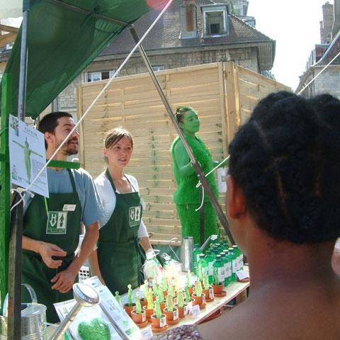 """Les vendeurs- spectacle """"l'Homme Vert""""- Aline Siffert"""
