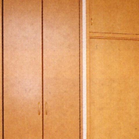 扉枠のシート貼り「補修後」