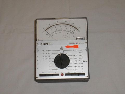 Philips Eindhoven  Elektronisvhes A V Ohm Vielfach Messgerät Typ. PM 2403
