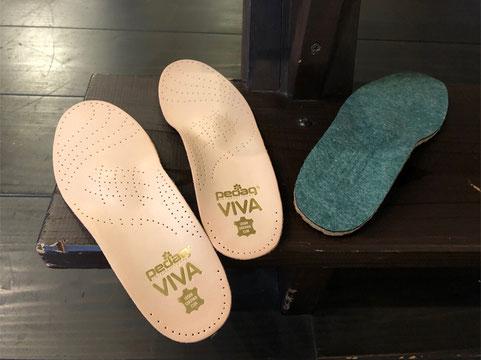 pedaq・ビバ(左)薄型で色んな靴に合います   ビバアウトドア(右)生産中止しました