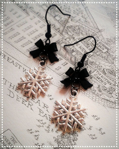 Gothic Lolita Snowflake Earrings