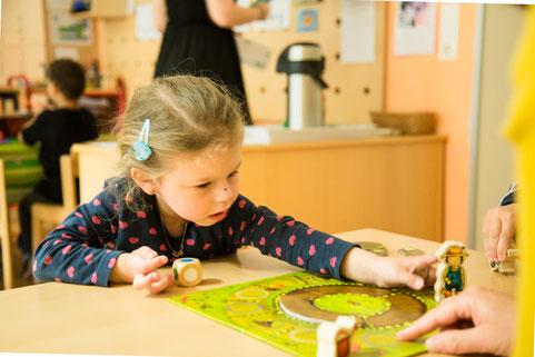 mädchen-im-vinco-heilpädagogischer-kindergarten