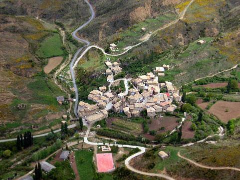 Vista aérea de Longás. Foto de  Cibermarco.