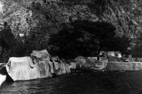 """Boote Typ """"S 151"""" getarnt an der kroatischen Küste – Foto: Archiv Kloetzke"""