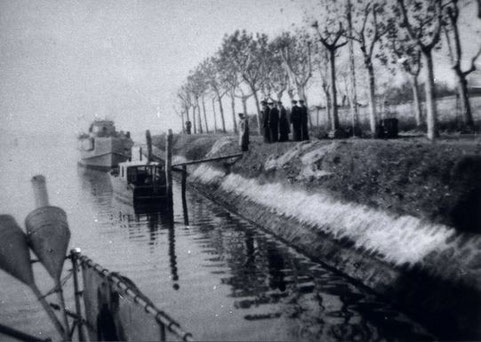F.d.S., Kommodore Petersen, besucht die 7. SFltl in Venedig 1944