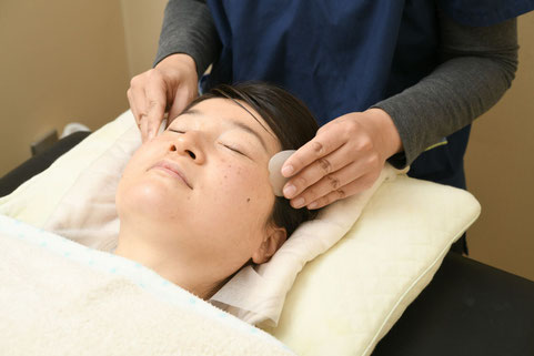 美容鍼灸おすすめ60分コース、かっさケア