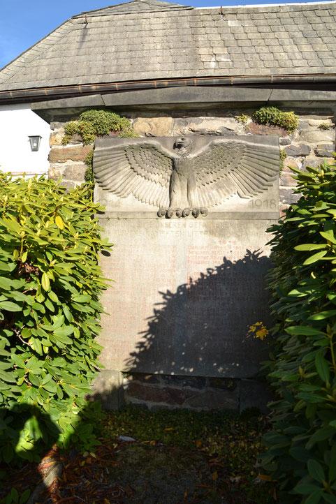 Bild: Teichler Wünschendorf Erzgebirge Kriegerdenkmal