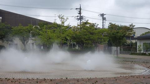 2019年7月20日松阪市鈴の森公園笑いヨガ(ラフターヨガ) 噴水前