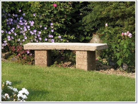 Gartenbank aus Beton